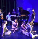 La reaparición de Delma Iles y Momentum Dance Company