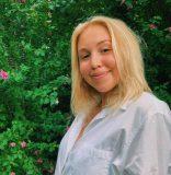 Barry University student Suzannah Young joins Artburst Mentoring Program